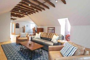 Suite 300 - Living Room
